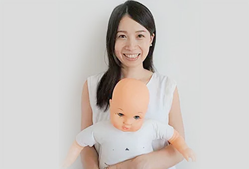 香川 絢子